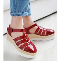 TULASI - Platform Roman Sandals