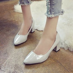 IYATO - Pointy-Toe Chunky-Heel Pumps