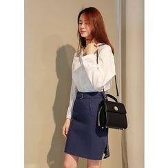 J-ANN - Button-Detail Skirt with Belt