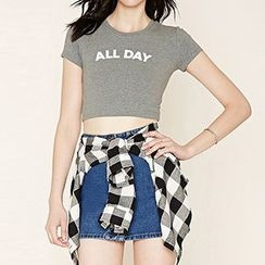 Richcoco - Lettering Cropped Short-Sleeve T-Shirt