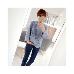 LEELIN - Crewneck Floral Appliqué T-Shirt