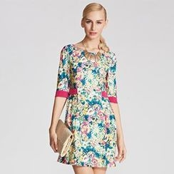 O.SA - Elbow-Sleeve Contrast-Trim Shirred Floral Dress