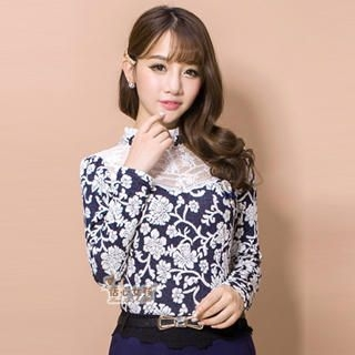 Kaven Dream - Lace-Yoke Floral Blouse