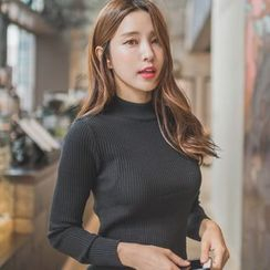 WITH IPUN - Mock-Neck Ribbed Knit Top