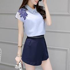 Fashion Street - 套装: 钩织短袖上衣 + 短裤