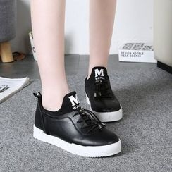Yoflap - Lace Up Sneakers