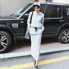 stylebyyam - Set: Round-Neck Pullover + Skirt