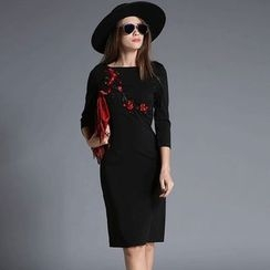 lilygirl - Embroidered Long-Sleeve Dress