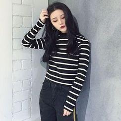 OCTALE - Long-Sleeve Mock Neck Striped T-Shirt