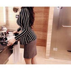 Marlangrouge - Zip-Back Mini Pencil Skirt