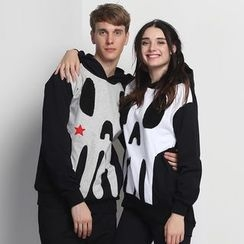 HappyTee - Hooded Printed Couple Pullover
