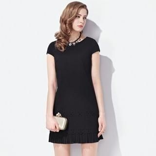 Moonbasa - Cap-Sleeve Perforated Pleated-Hem Dress