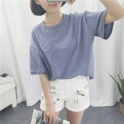 MISS YOYO - Embroidered Elbow Sleeve T-Shirt