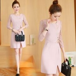 Crista - 3/4-Sleeve Sheath Buttoned Dress