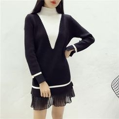 Octavia - Pleated Hem Two-Tone Mock Neck Knit Dress