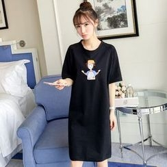 Colorful Shop - Short-Sleeve Applique T-Shirt Dress