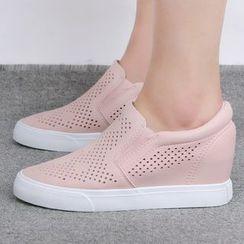 人本 - 镂空内增高轻便鞋