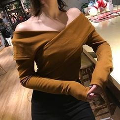 Dasim - Off-Shoulder Long-Sleeve T-Shirt
