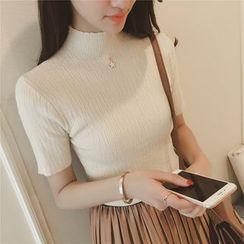 Diado - Mock-Neck Short-Sleeve Knit Top
