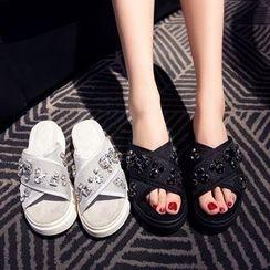 錦洋鞋業 - 交錯帶水鑽厚底涼鞋