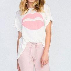 Obel - Lips Print Short Sleeve T-Shirt