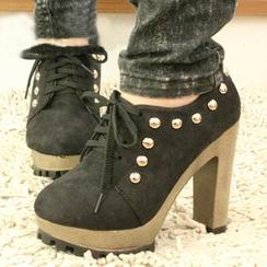 IYATO - 铆钉系带厚底高跟鞋
