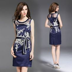 Elabo - Embroidered Sleeveless Sheath Dress
