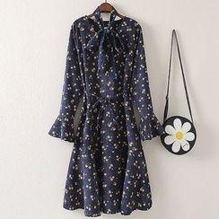 NEUF - Long-Sleeve Floral A-Line Dress