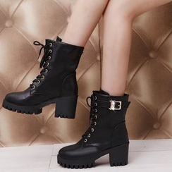 Moonlit Valley - Chunky-Heel Short Boots