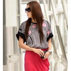 SO Central - Short-Sleeved Geometric Print Top