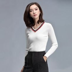 Sentubila - V-Neck Sweater