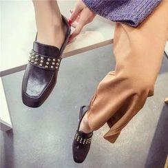 Wello - 尖釘方頭樂福鞋