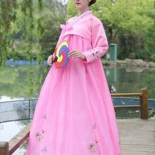 Willow Tree - Traditional Korean Costume