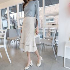 Hello sweety - Set: Boat-Neck Slit-Sleeve Knit Top + Rib-Knit Skirt