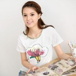 59 Seconds - Sequined Floral T-Shirt