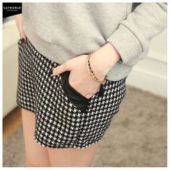 CatWorld - Houndstooth Skort