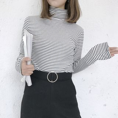 monroll - Striped Turtleneck T-Shirt
