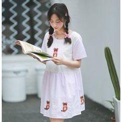 Moricode - Bear Embroidered Short Sleeve Dress
