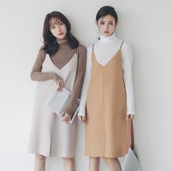 Everies - 套裝: 純色樽領毛衣 + 細肩帶背帶裙