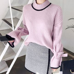 Seoul Fashion - Tie-Sleeve Contrast-Trim Sweater