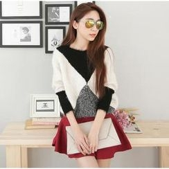 Hanako Shiratori - Set: Dolman-Sleeve Color-Block Sweater + A-Line Skirt