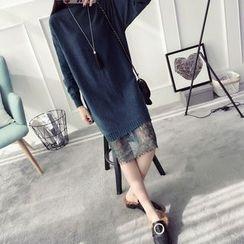 Qimi - Lace Panel Knit Dress