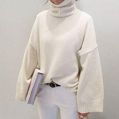 NANING9 - Turtle-Neck Wool Blend Sweater