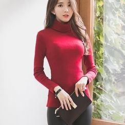Hazie - Turtleneck Long Sleeve T-Shirt