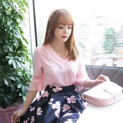 Dowisi - Set: Elbow-Sleeve V-Neck Top + Floral Skirt