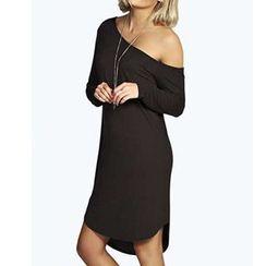 joELLE - Off-Shoulder Long-Sleeve T-Shirt Dress