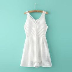 Ainvyi - Sleeveless Lace Perforated A-Line Dress