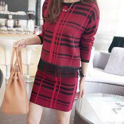 Jiuni - Set: Check Knit Fringe Pullover + Knit Skirt