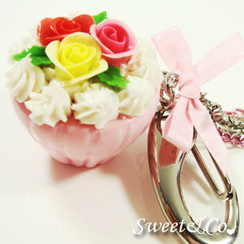 Sweet & Co. - Pink XL Rose Cupcake Handbag Charm