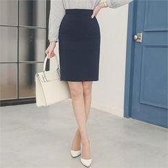 ode' - Slit-Back Pencil Skirt